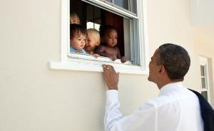 奥巴马引曼德拉名言评美种族暴力冲突,三百万点赞破推特记录