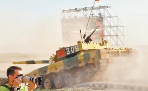"""坦克赛印军""""趴窝""""退出,我军操控96B型坦克领先其近两圈"""