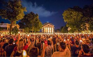 弗吉尼亚大学亲历者:暴力事件后,学校都在讨论什么?