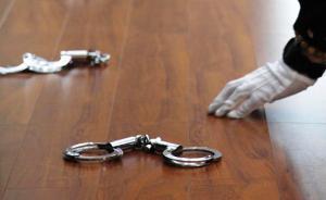"""记者因采访""""天价停尸费""""遭殴打追踪:3人涉非法拘禁被刑拘"""