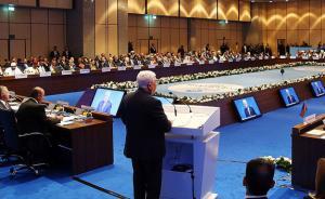 当地时间2017年12月13日,土耳其伊斯坦布尔,巴勒斯坦总统阿巴斯在伊斯坦布尔伊斯兰合作组织大会开幕式上,呼吁全世界都正式承认巴勒斯坦国。稍早前,土耳其总统埃尔多安呼吁各国正式承认东耶路撒冷为巴勒斯坦国首都。伊斯兰合作组织13日也在土耳其伊斯坦布尔举行特别首脑会议后发表公报,宣布承认东耶路撒冷为巴勒斯坦国首都。视觉中国 图