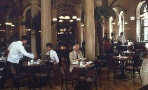 莱布雷希特专栏:咖啡馆·名人堂